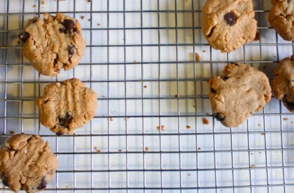 Gluten-Free Peanut Butter Cookies on Foodie Underground