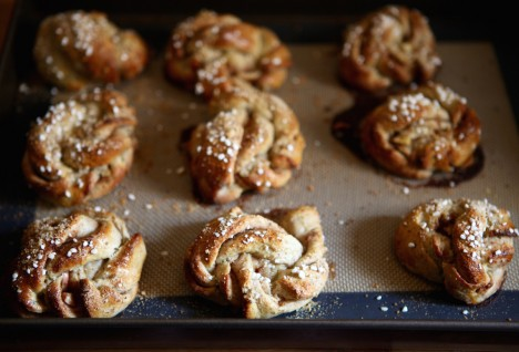Swedish Kanelbullar with a Twist: Cinnamon Apple Rye Buns