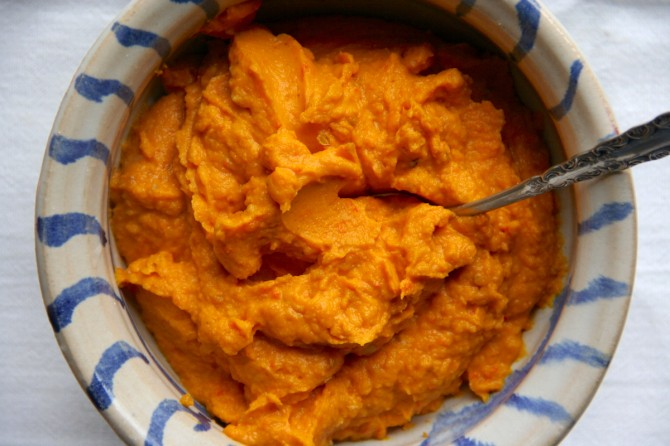 Pumpkin Hummus with Coriander on Foodie Underground