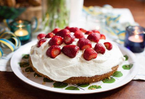 Swedish Strawberry Cake with Cardamom