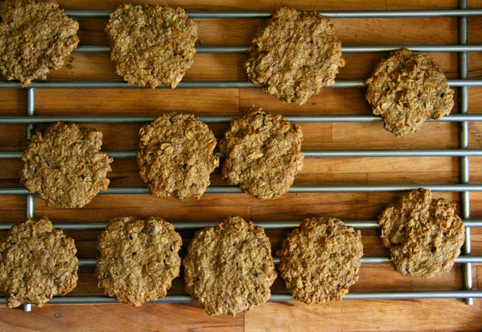 Olive Oil Oatmeal Cookies with Fig and Lemon