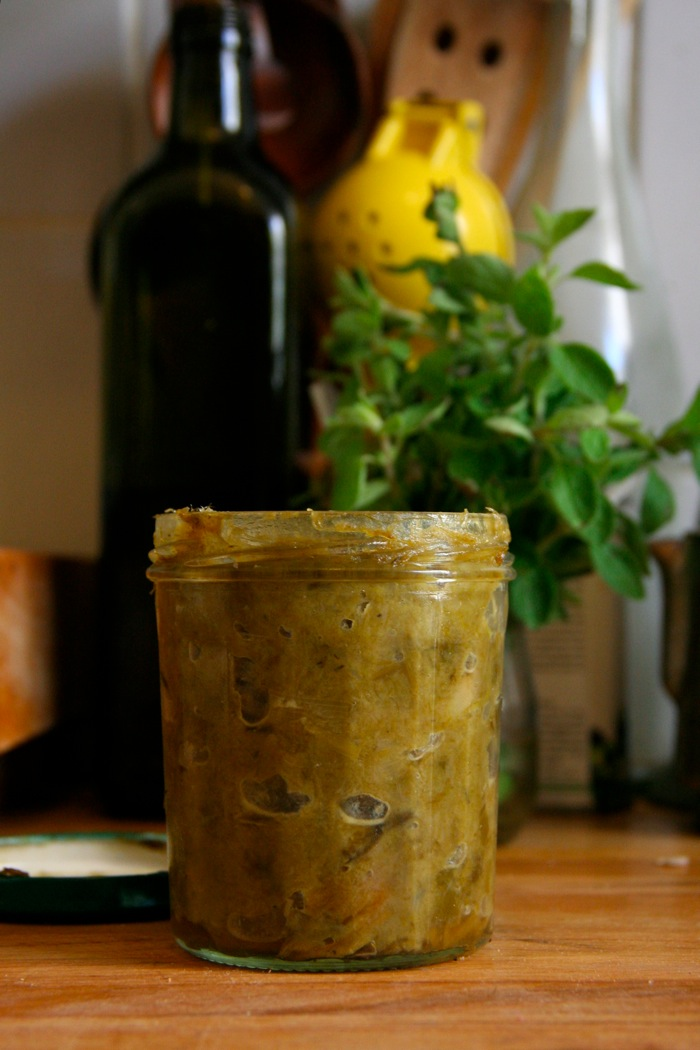 Savory Leek Spread with Thyme and Oregano